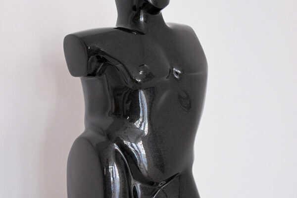 07_escultura_rosa_serra_2