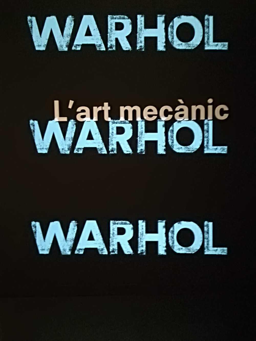 Visitant les exposicions de De Chirico i de Andy Warhol al Caixaforum