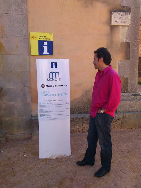 Visitem l'exposició de Carmen Thyssen en el Monestir de Sant Feliu de Guixols